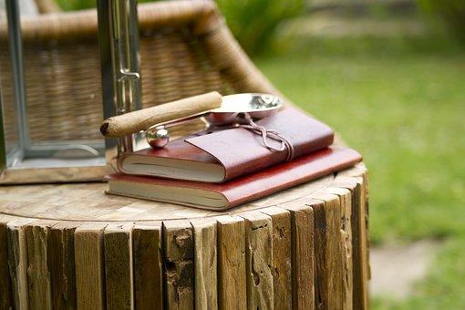 notebook-2436894__340